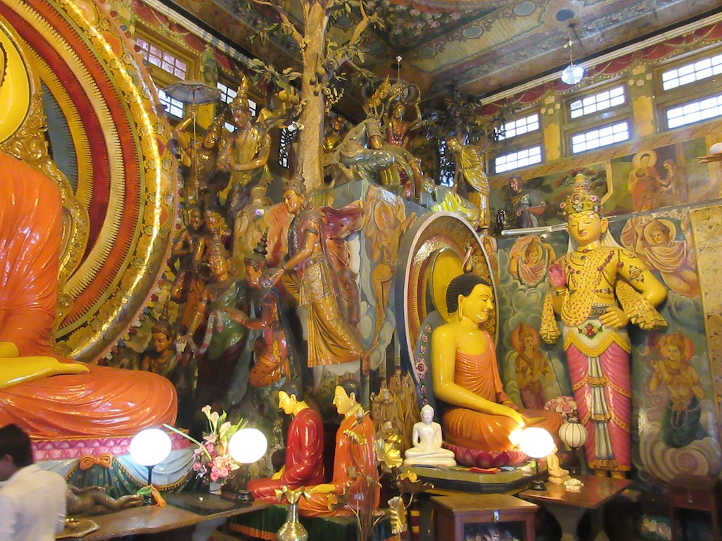 Sri Lanka - Gangarama Buddhist Temple