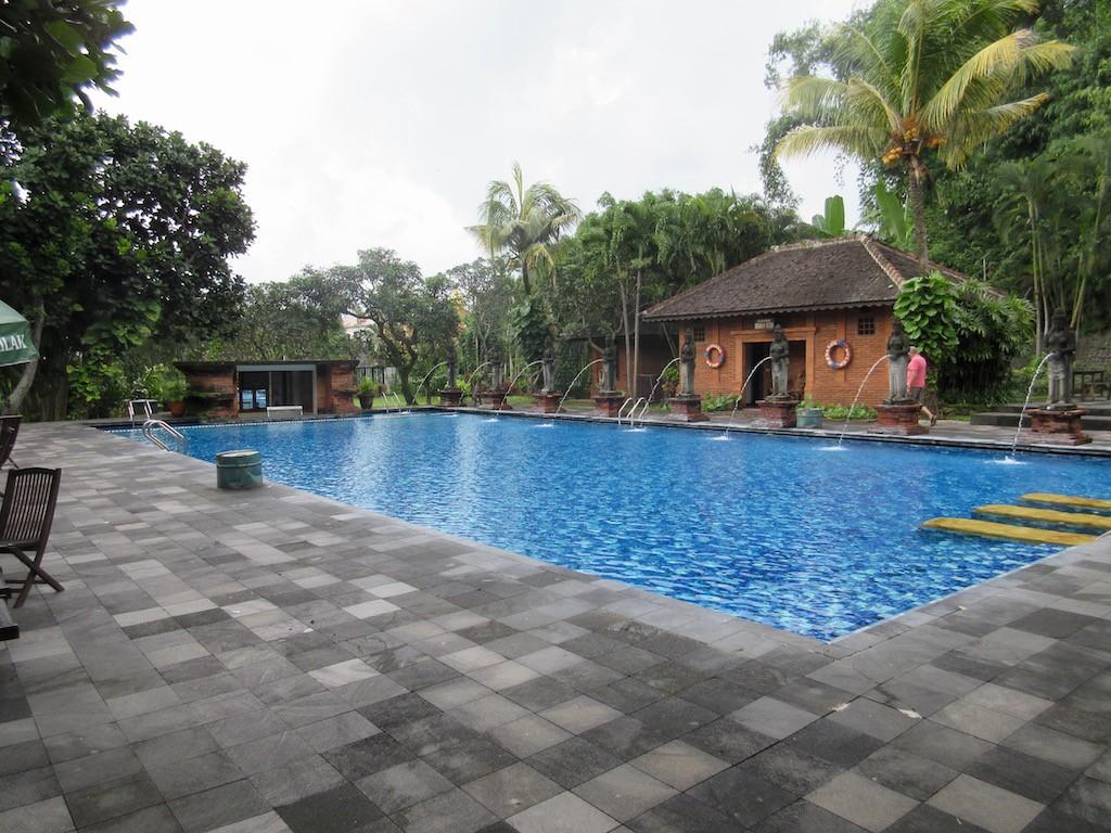 Surabaya Hotel pool