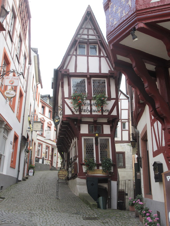 Bernkastel - Narrow Timber House